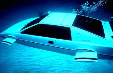 007-sub-car