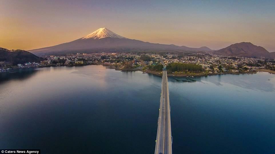 航拍日本富士山