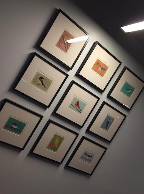 Twitter 总部办公室墙上以鸟为元素的艺术作品