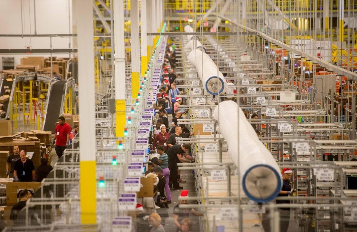 """16,去年""""网络星期一"""",亚马逊每秒售出426件产品"""
