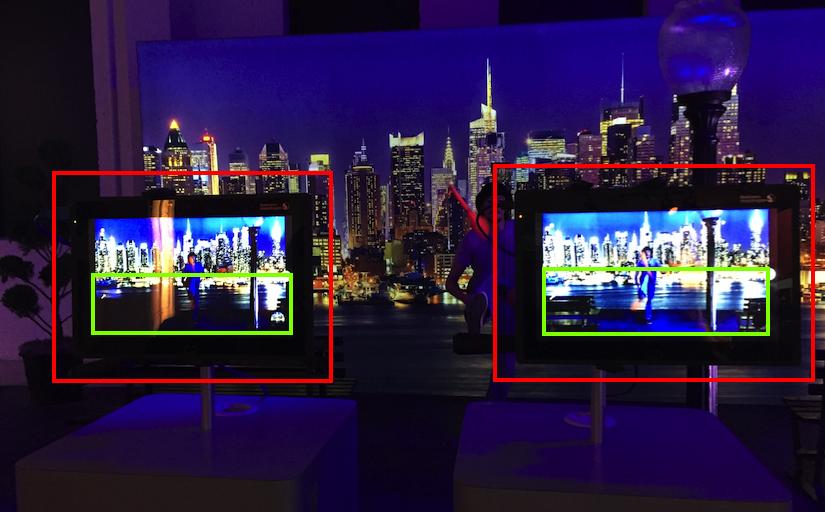 左边屏幕没有启用骁龙820的暗处处理,右边屏幕是启用之后的情况,暗处细节有很大的提升