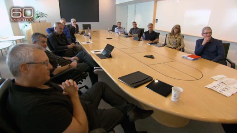 """1,每周一上午9点,苹果最高级别的管理层人员会在这个会议室里开会。如果想了解苹果公司是如何运转的,这个会议室是最好的地方。但是即便""""60分钟""""也没能拍摄会议内容。"""