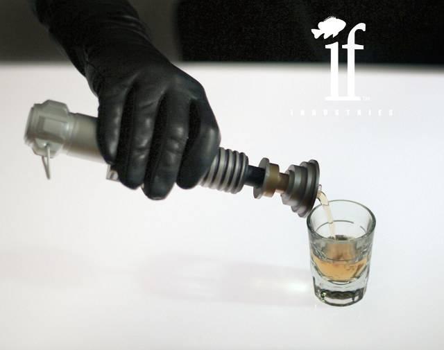 lightsaber-flask-1