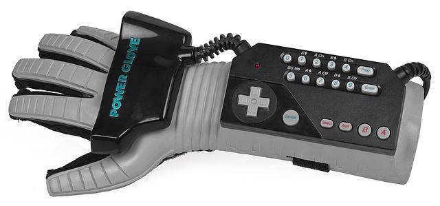 640px-NES-Power-Glove