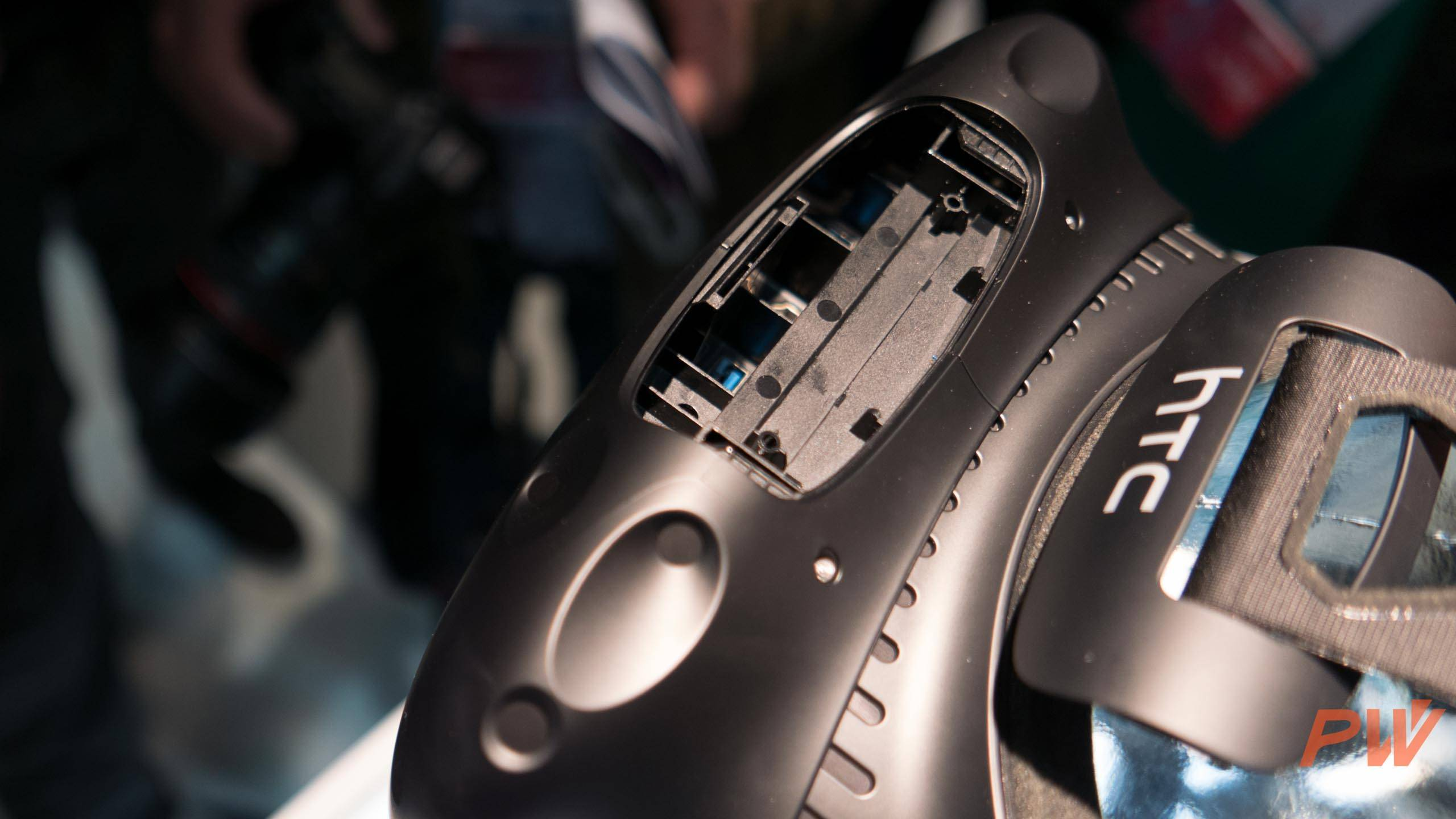 HTC vive consumer version final MWC 2016 PingWest Photo By Hao Ying-18