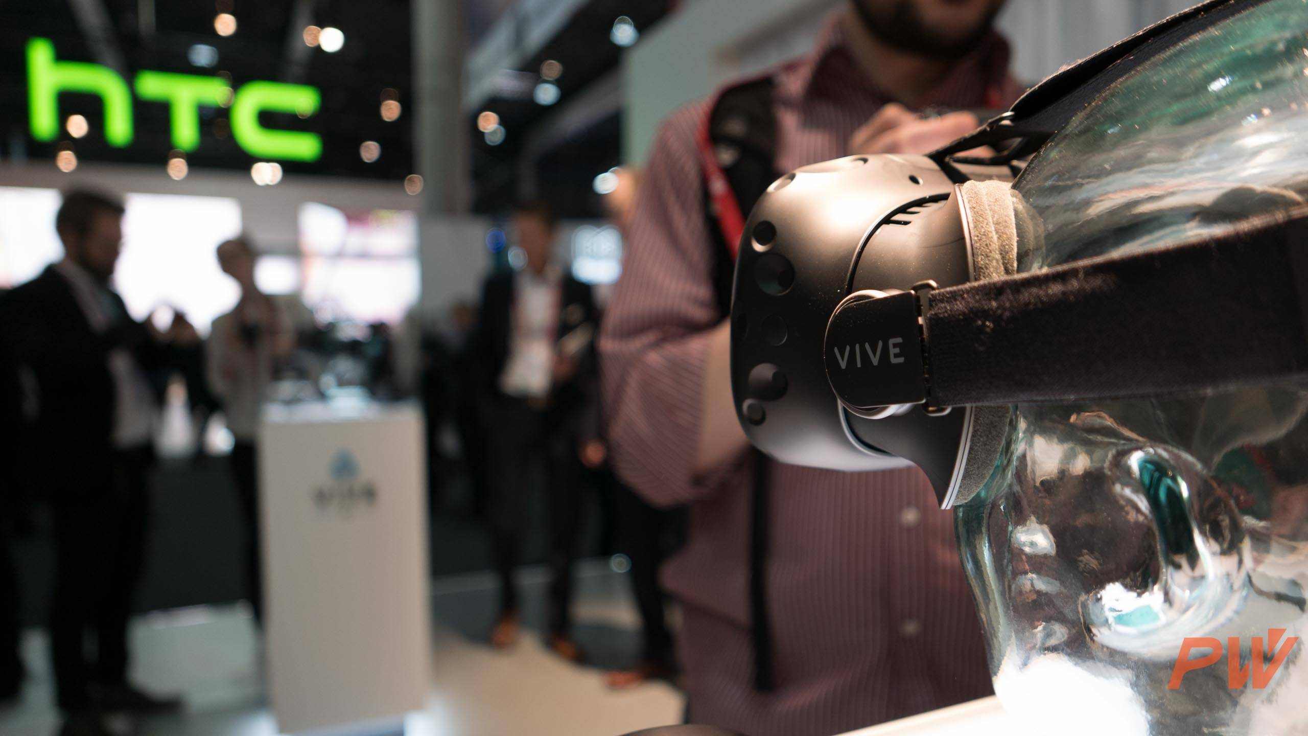 HTC vive consumer version final MWC 2016 PingWest Photo By Hao Ying-20