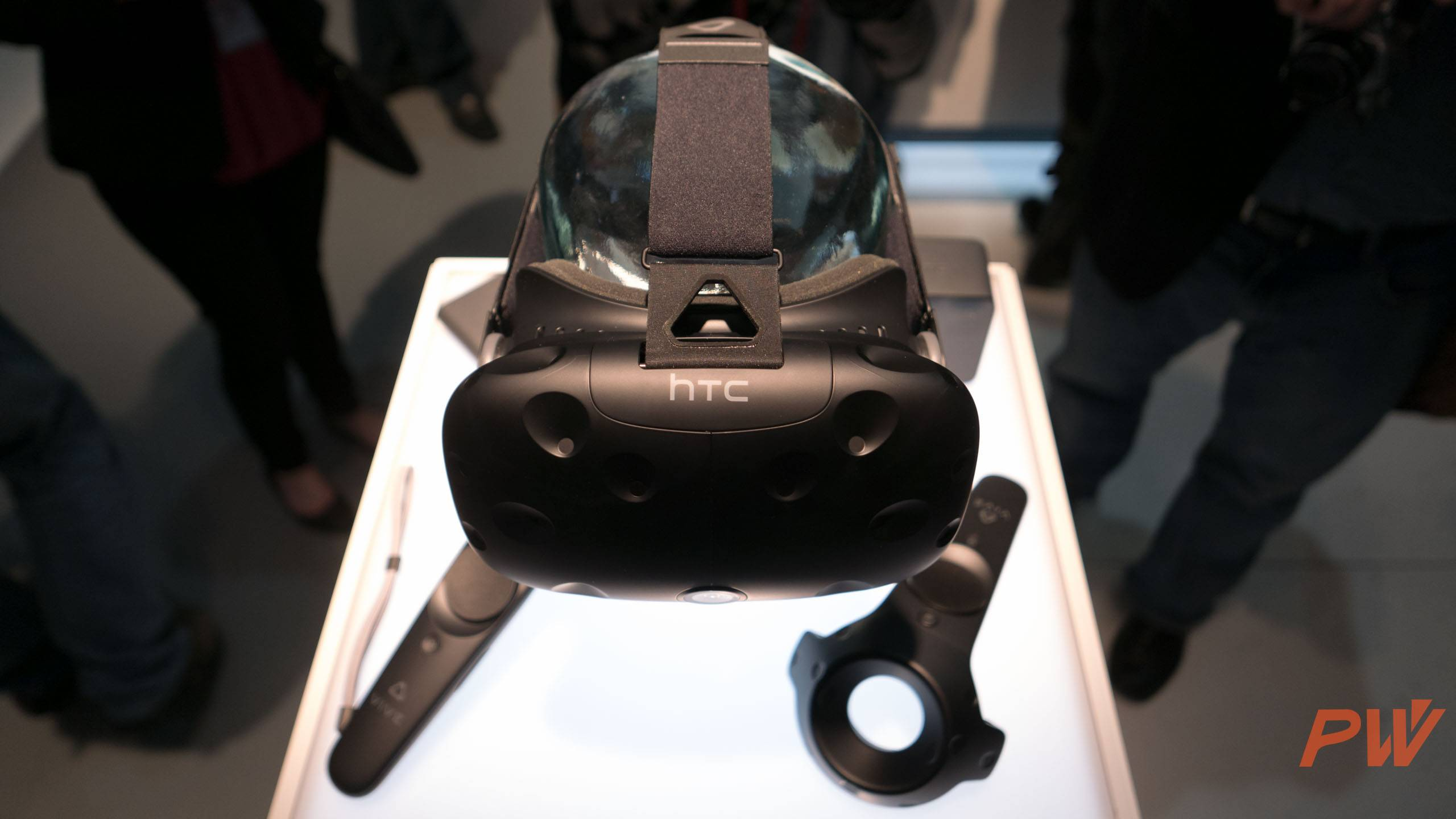 HTC vive consumer version final MWC 2016 PingWest Photo By Hao Ying-9