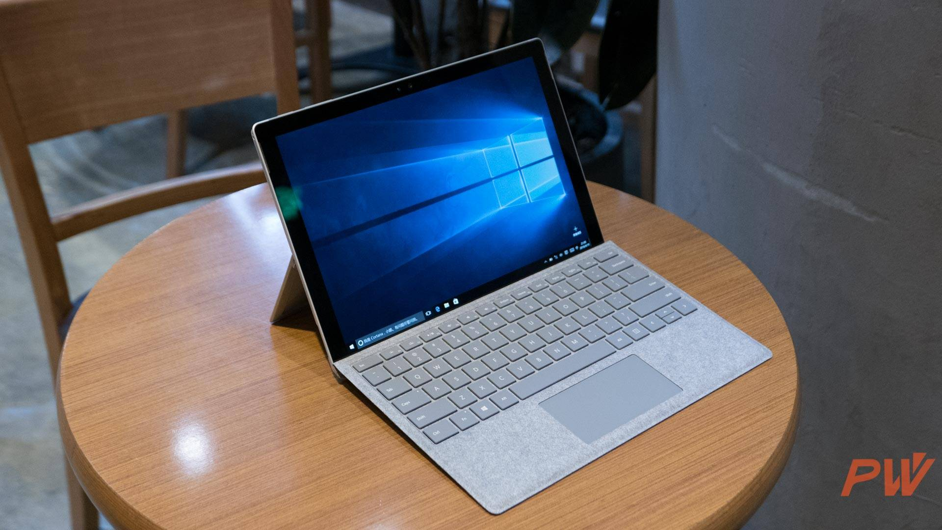 Surface Pro PingWest Photo By Hao Ying hero