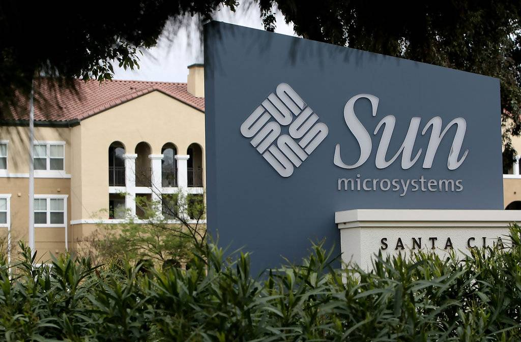 Sun 后来被甲骨文(Oracle)收购,也是科技史上的一家传奇公司