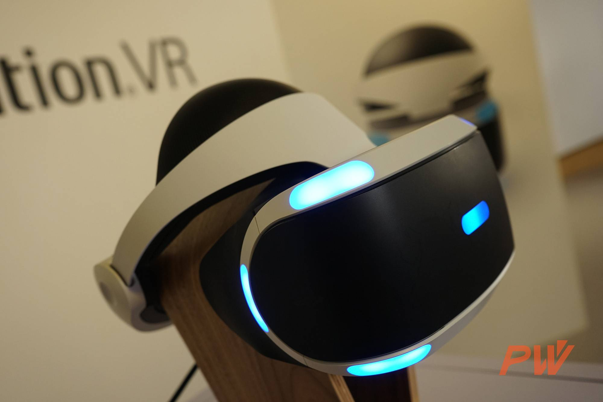PS VR FRONT