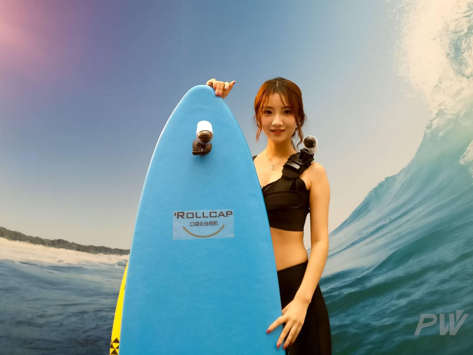ROLLCAP 可以通过标准螺纹接口转接相机配件,可以固定在冲浪帆板、车身框架上。