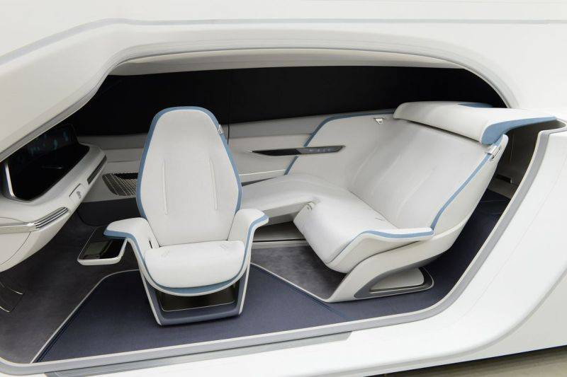 Hyundais-Mobility-Vision-Concept-makes-the-Car-Part-of-the-Home-4