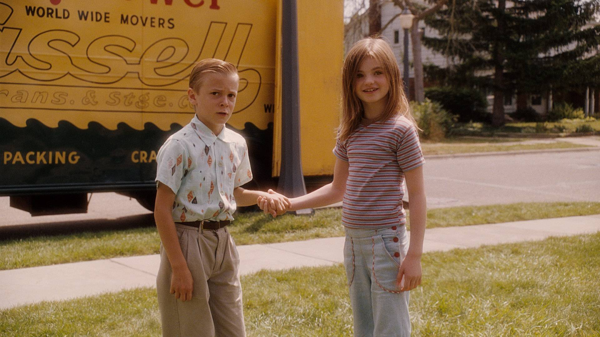 (L-r) RYAN KETZNER as Young Bryce and MORGAN LILY as Young Juli in Castle Rock EntertainmentÕs coming-of-age romantic comedy ÒFLIPPED,Ó a Warner Bros. Pictures release.