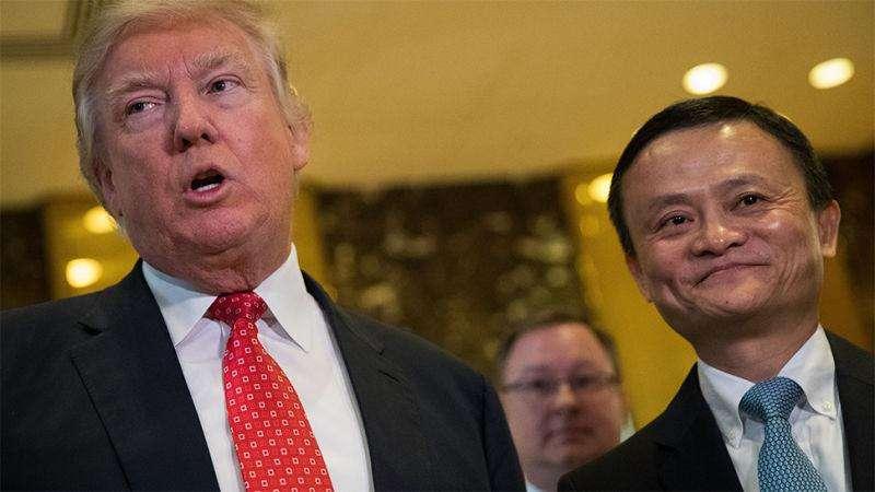 2017年1月,特朗普总统在纽约会见马云。
