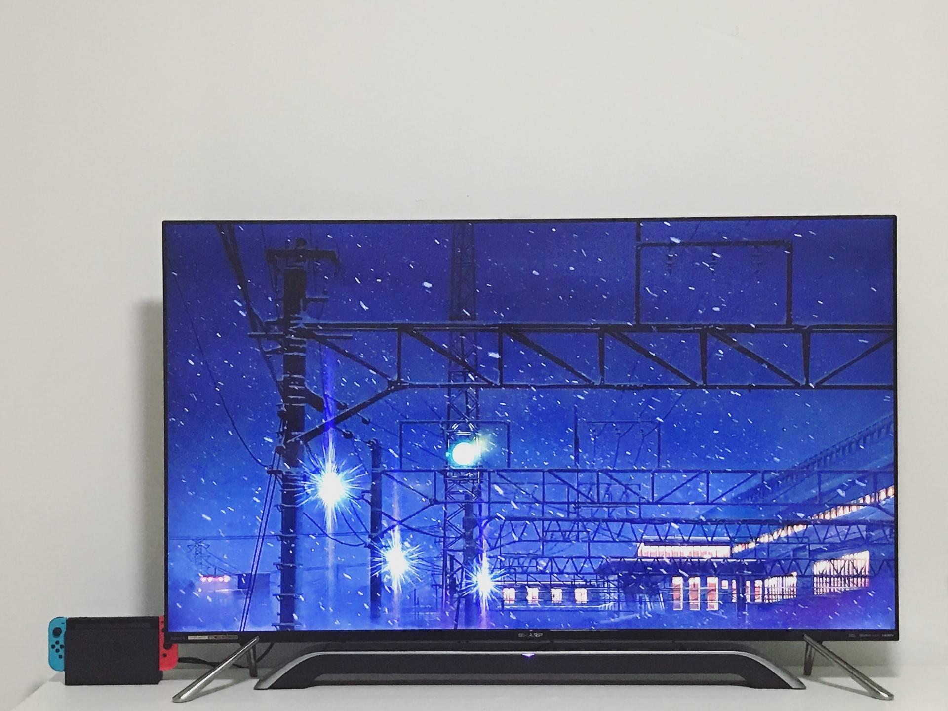 夏普上半年发布的 4K 分体电视