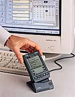 Palm 与电脑同步的扩展坞