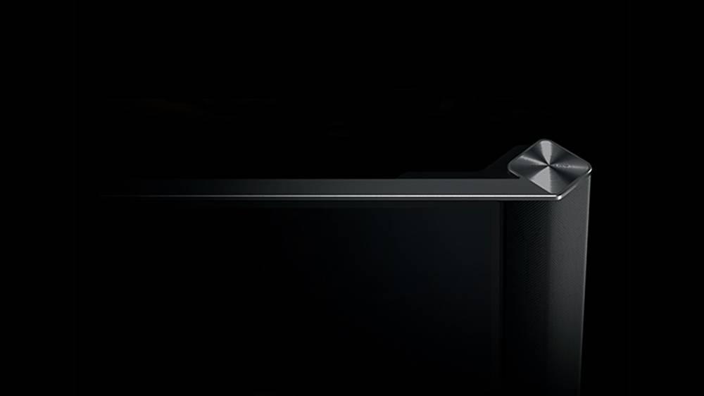 sharp foxconn display 8K 4