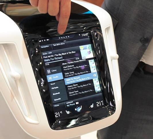 沃尔沃公司采用将CarPlay作为其汽车HMI的一部分的全新设计方案。