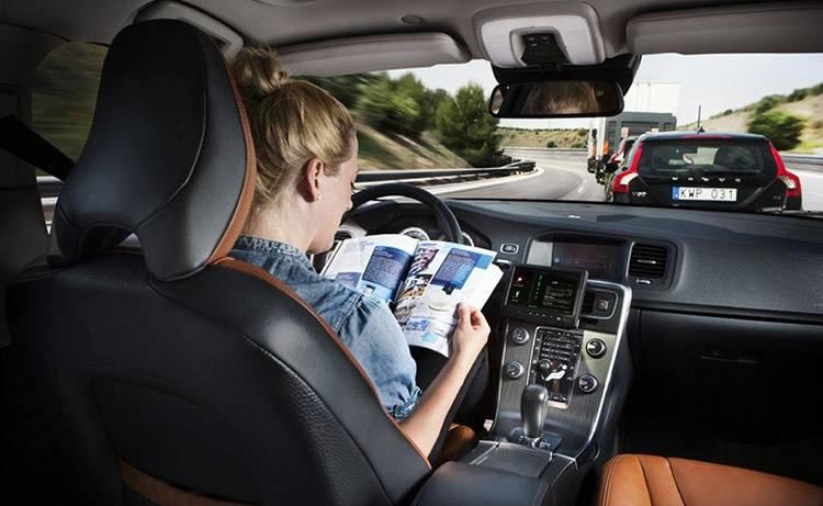 Volvo-driverless-cars