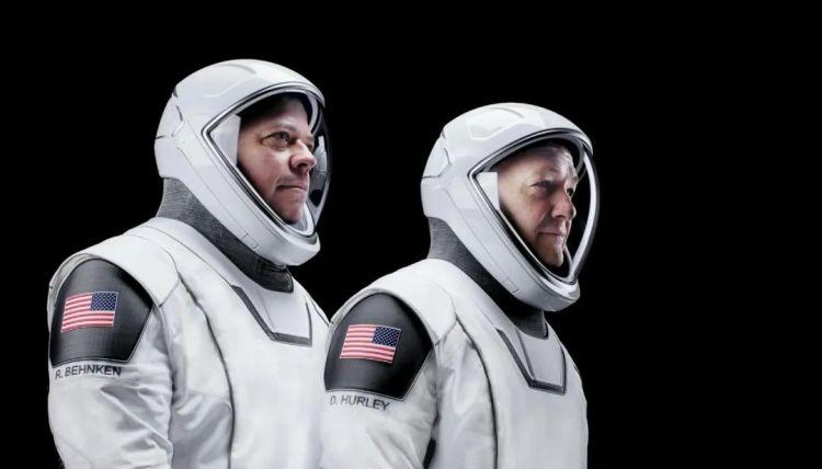 宇航员 Bob Behnken 和 Doug Hurley
