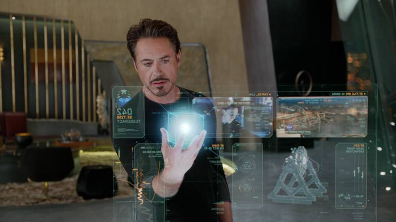 movie-avengers-stark-and-the-cosmic-cube1
