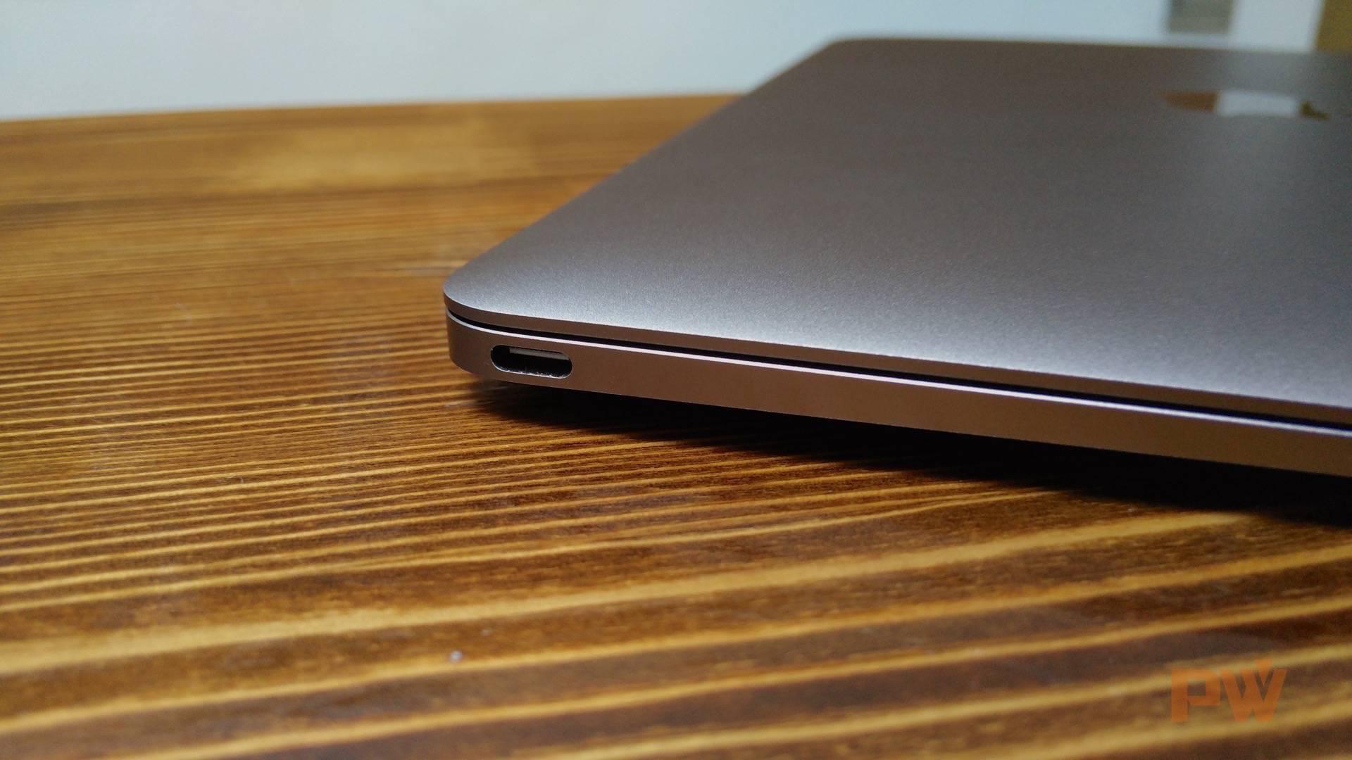 macbook-usb-c-port