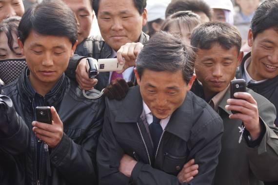 North_Korea_Cell_Phone