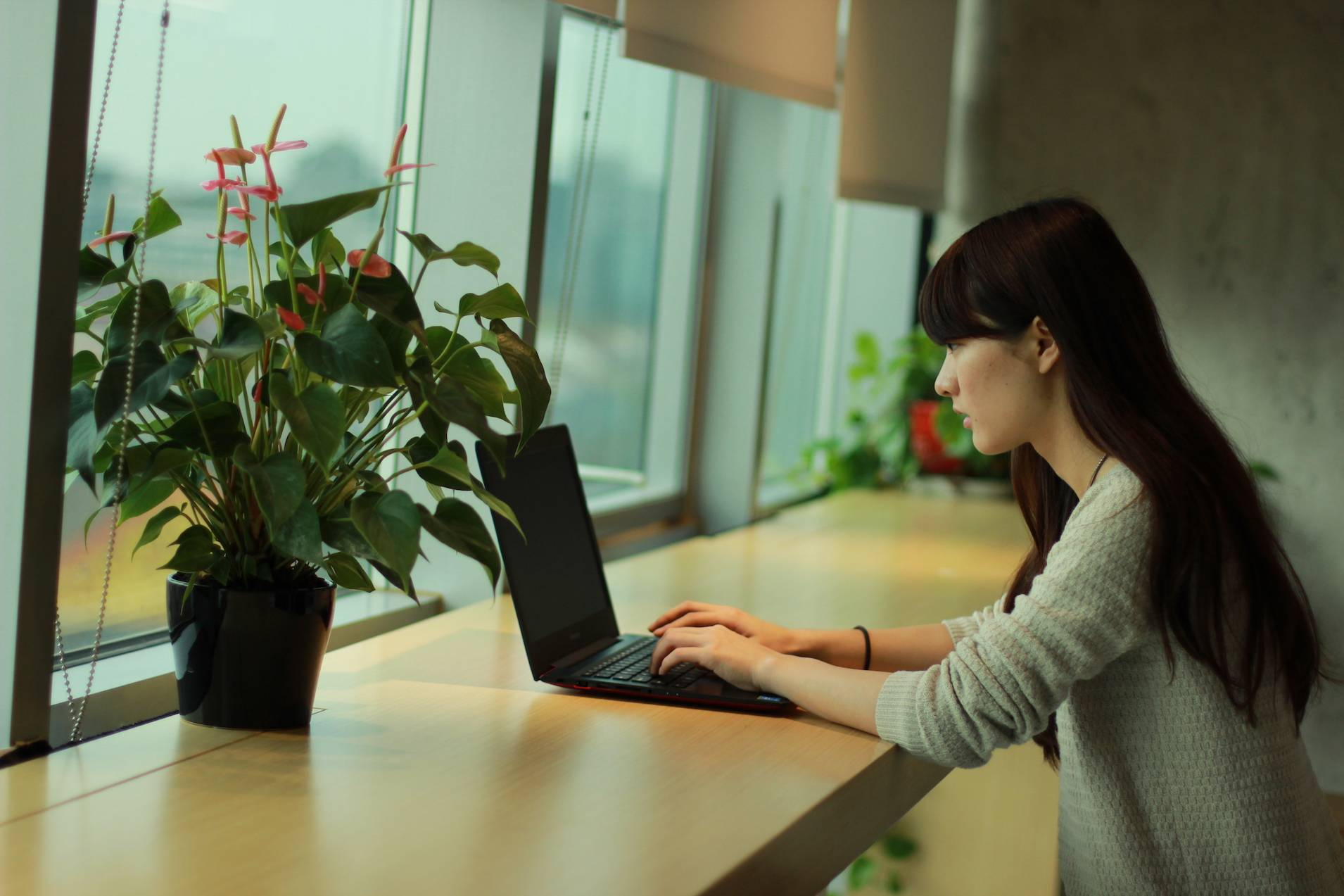 怎样让笔记本电脑颜值和性能兼得?