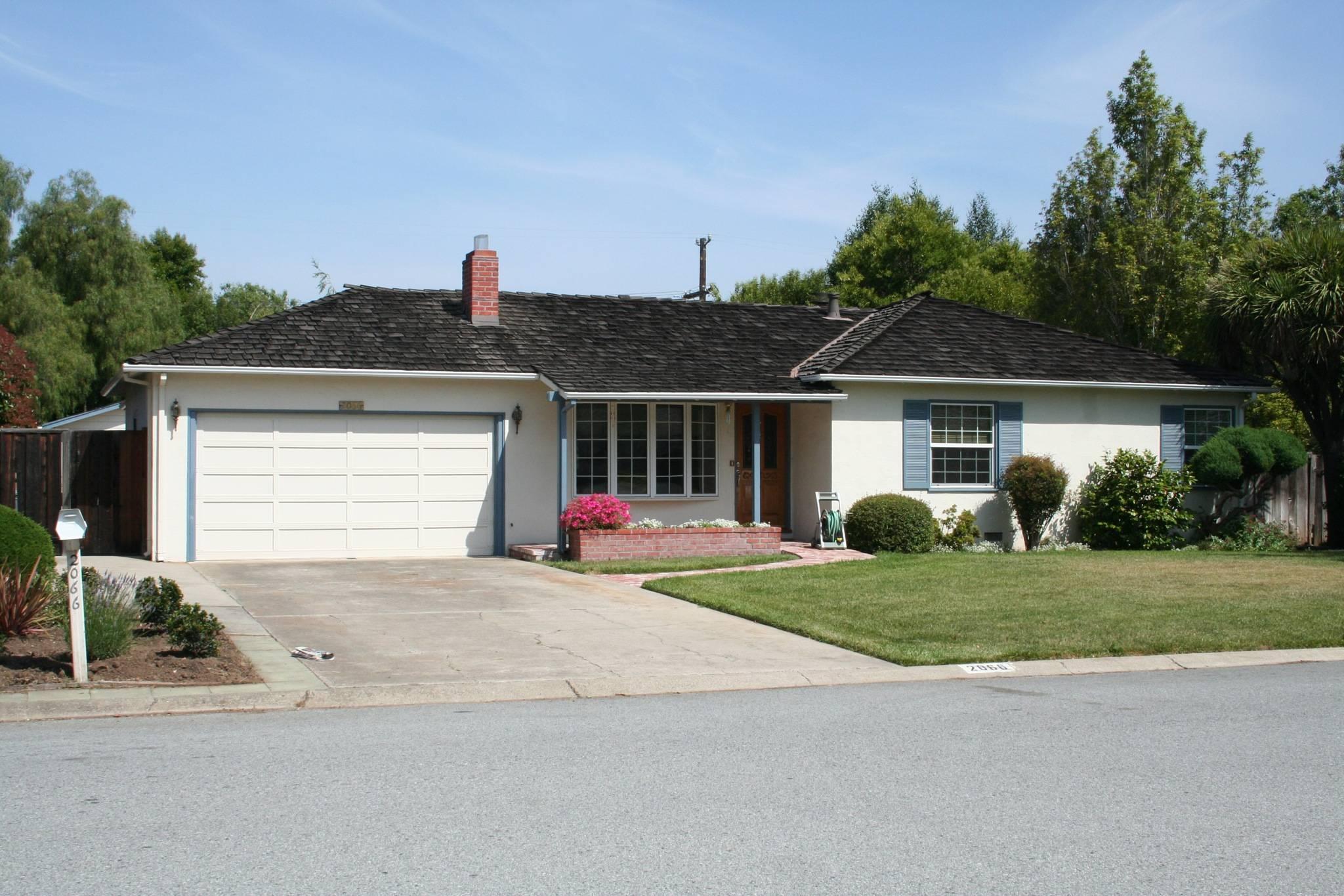 车库地址:2066 Crist Dr., Los Altos, California