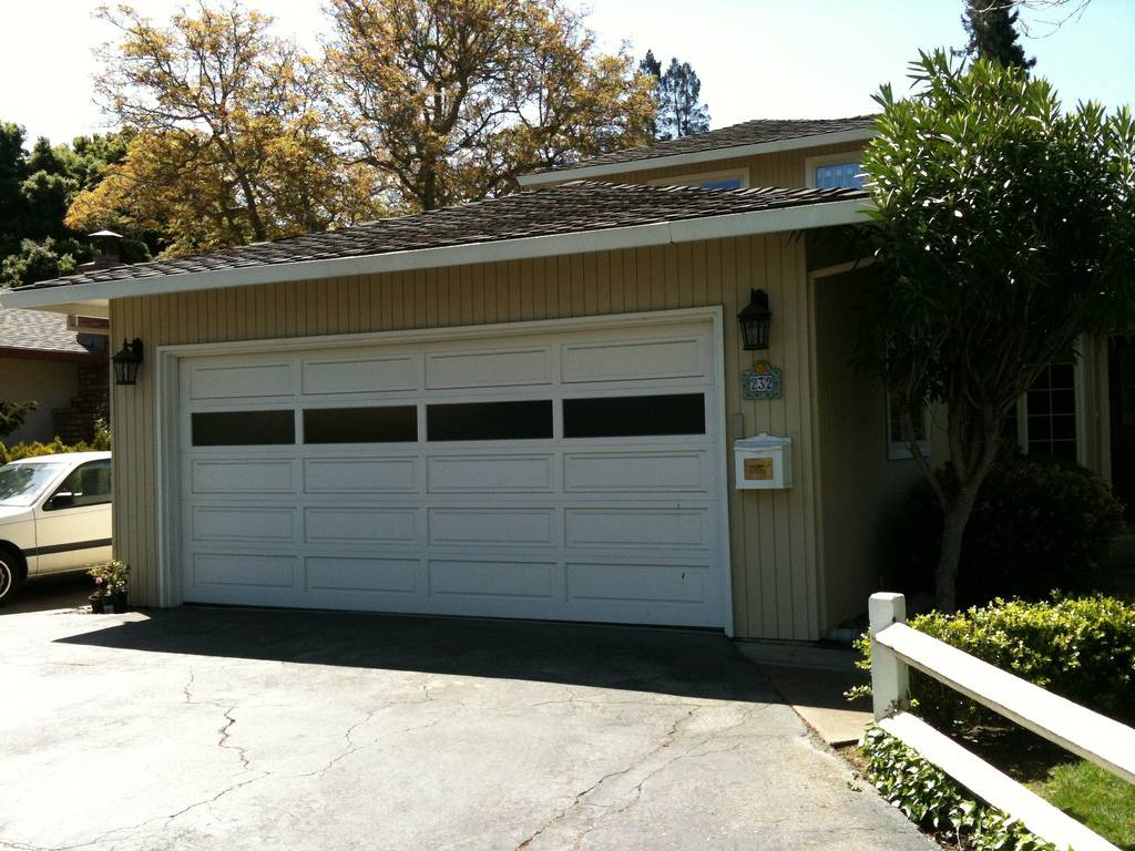 车库地址:232 Santa Margarita Ave, Menlo Park, California