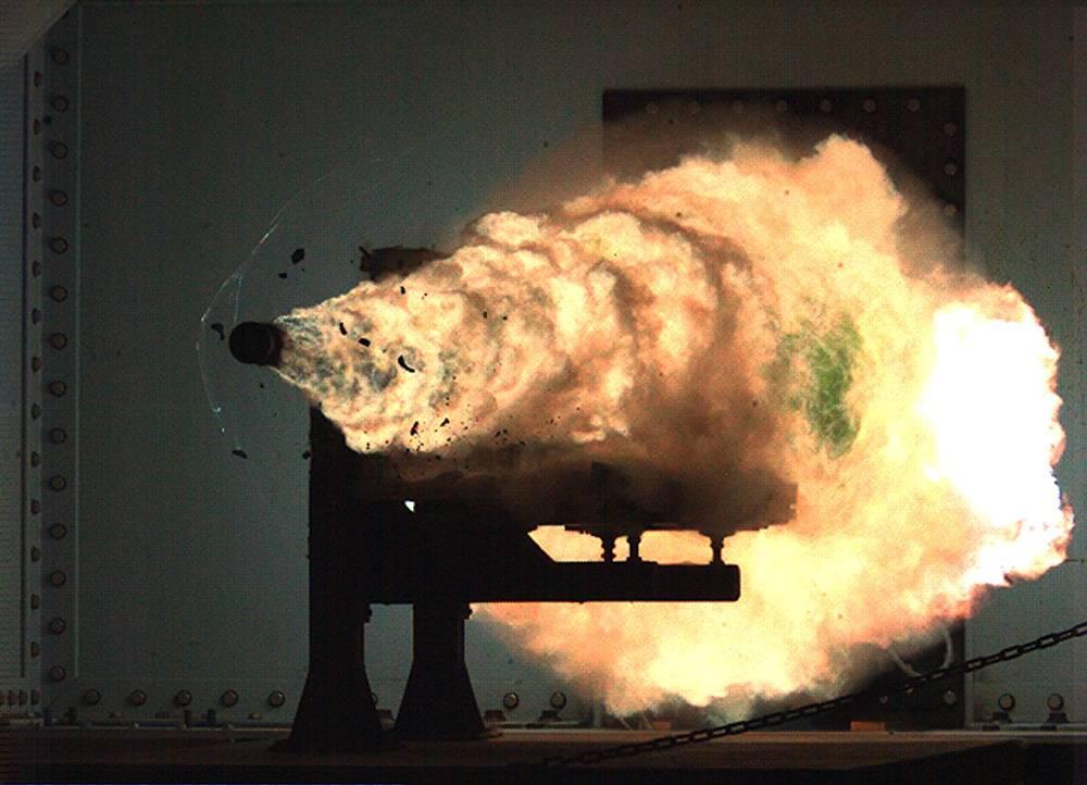 连变形金刚也害怕的电磁炮,美军说要将它装到下一艘驱逐舰