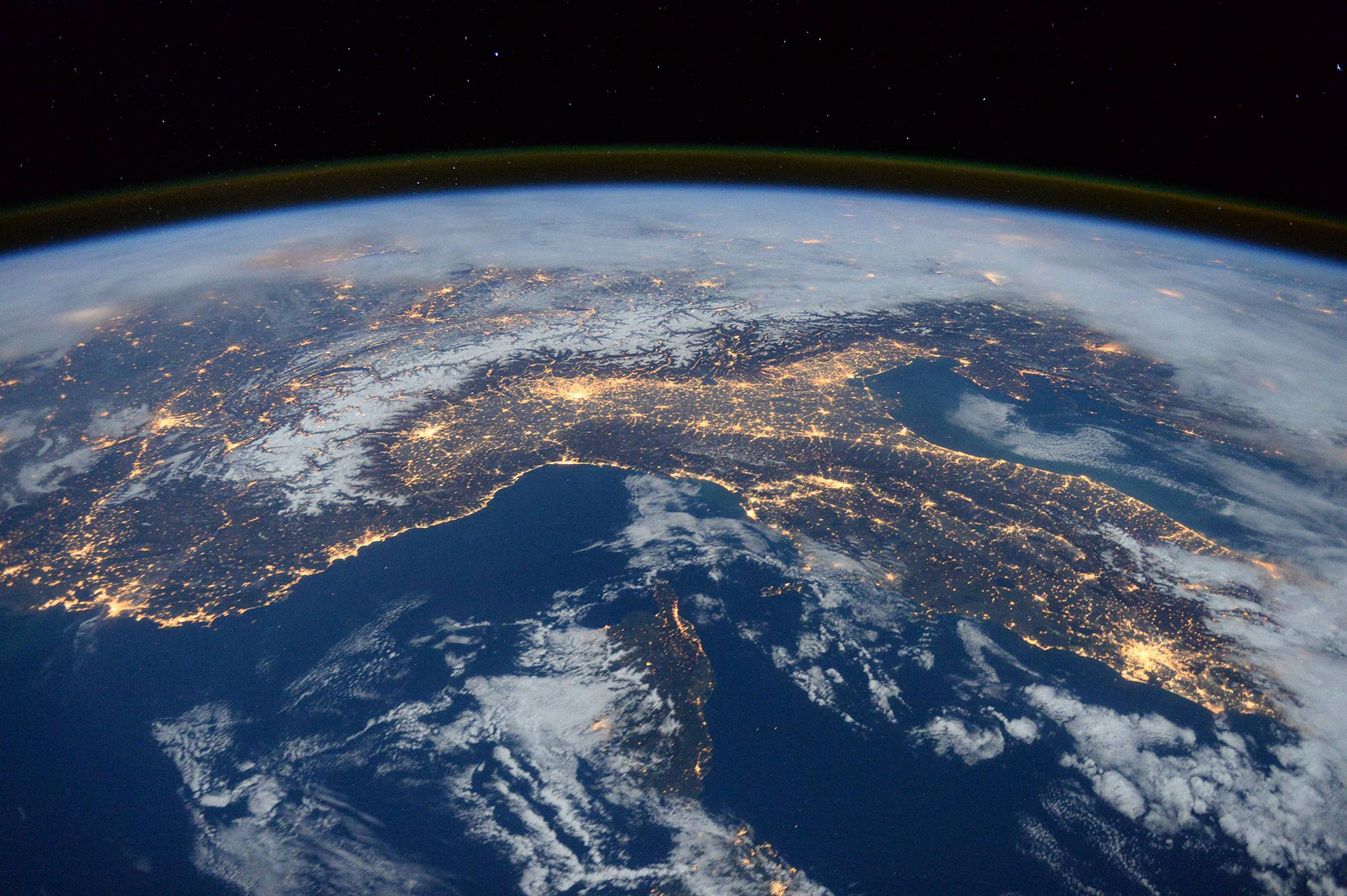 spacevr-earth-image