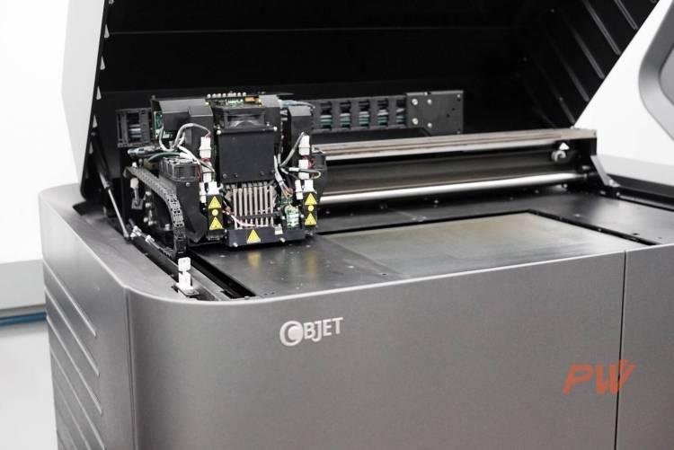 工业级 3D 打印机