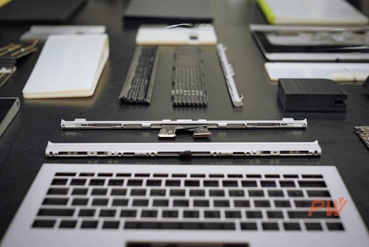 Surface Book 铰链