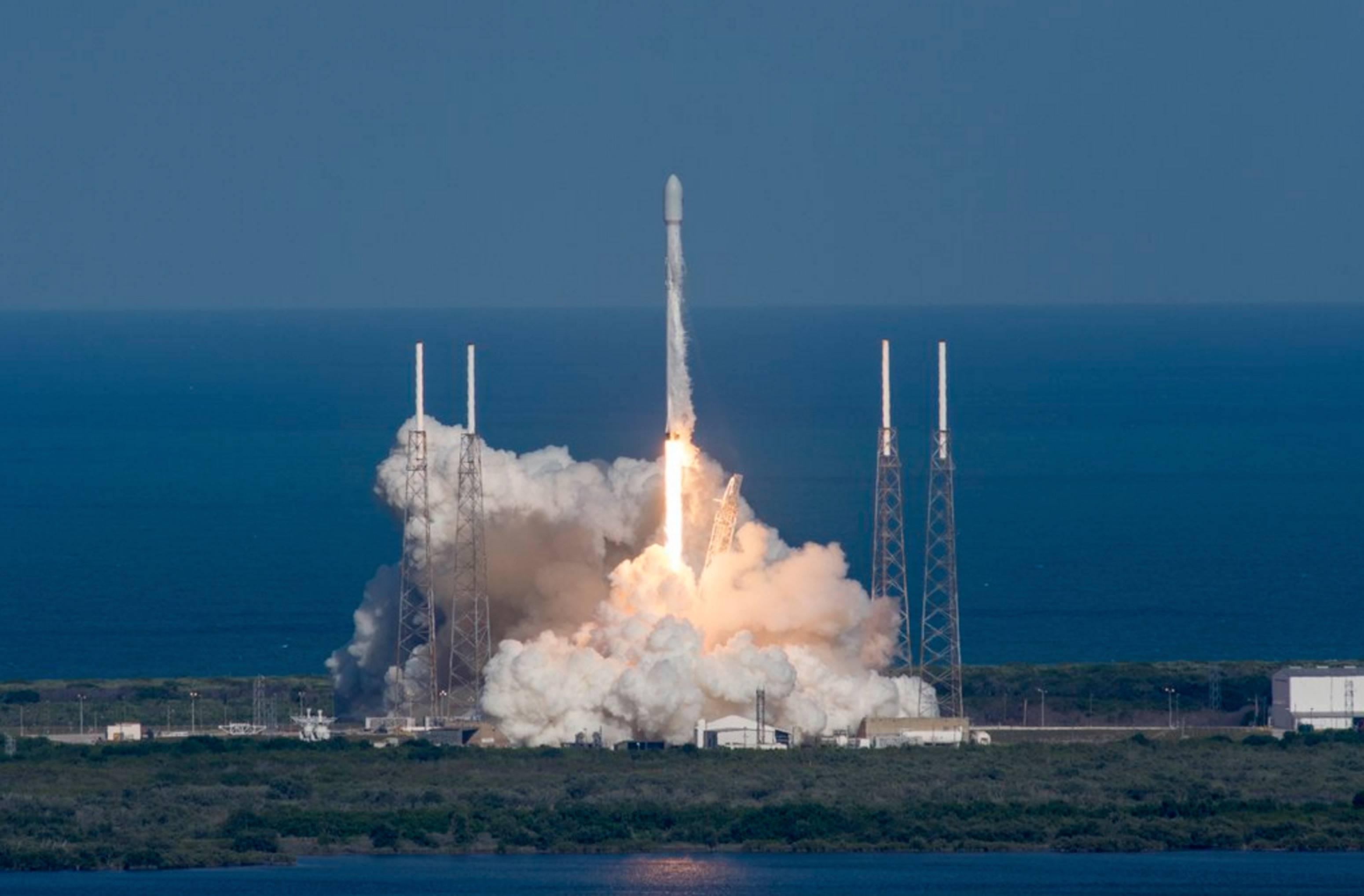 Space X叒在海上回收成功了