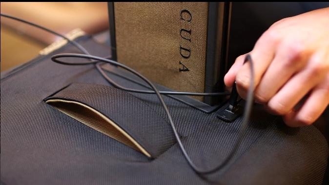 一个永远也不会丢的行李箱才是好行李箱,但它的设计远比你想得要更好