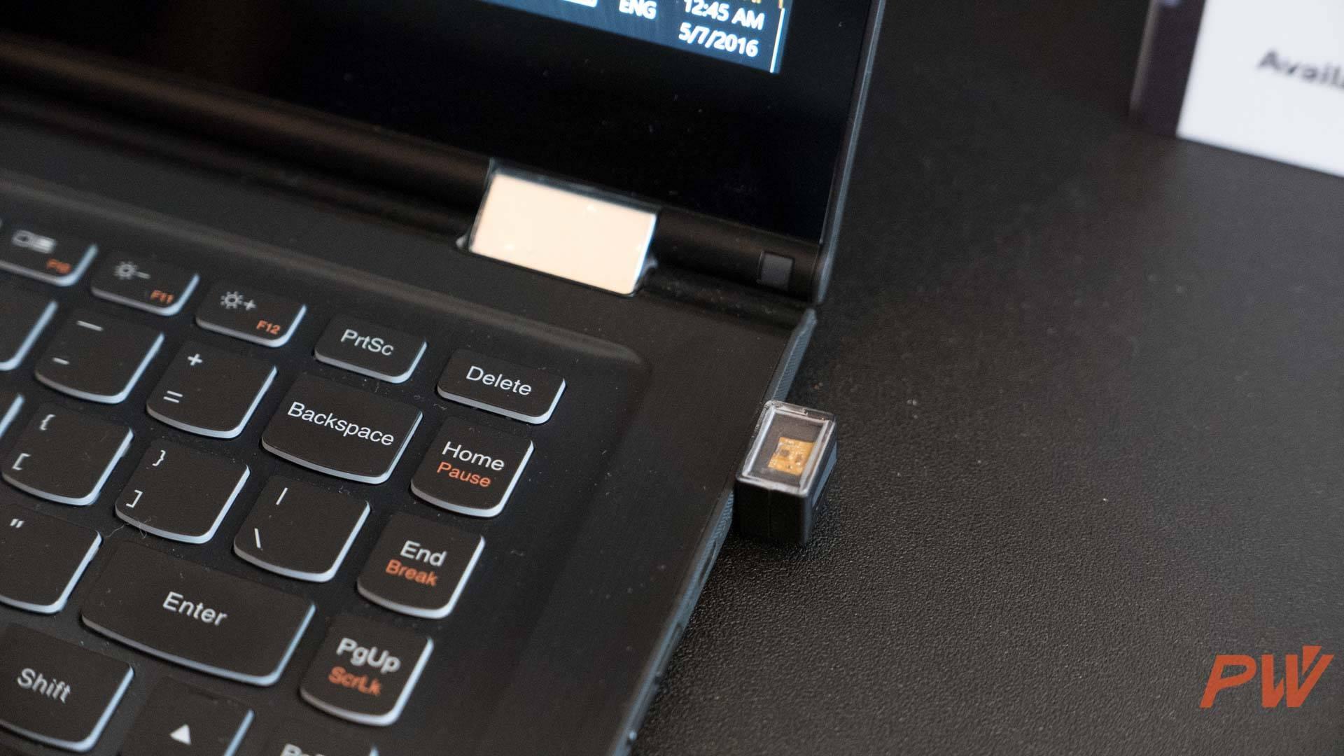 独立的 USB 指纹识别模组,支持 Windows Hello 和 Microsoft passport。
