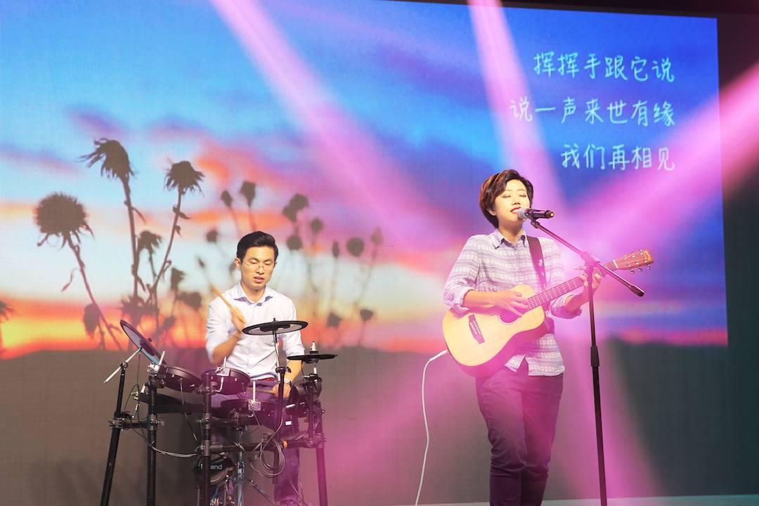 青光眼乐队演唱《腰椎间盘突出症》