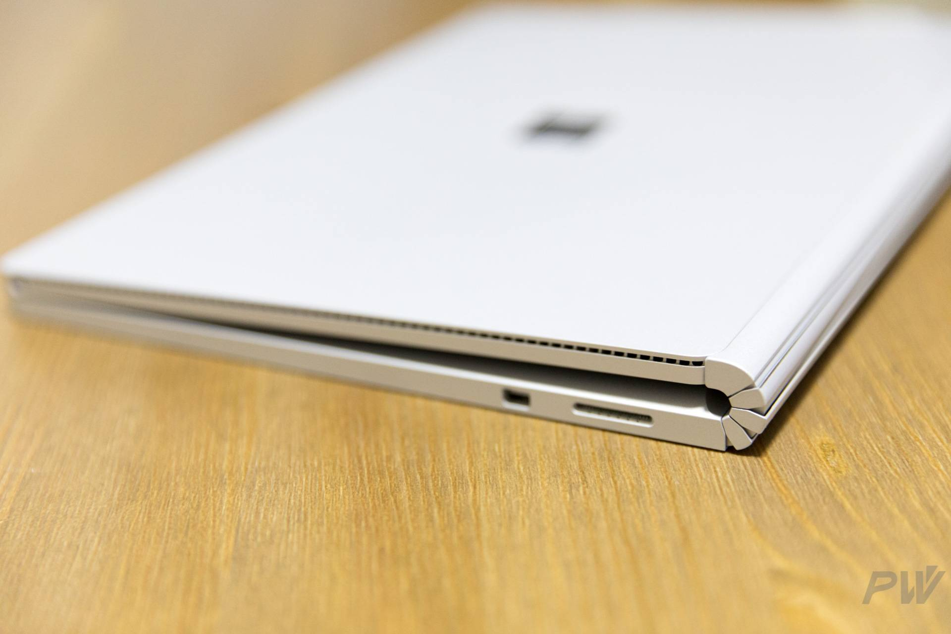 Microsoft Surface Book 2017 Photo by Hao Ying-39