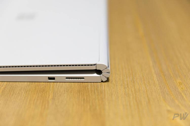 Microsoft Surface Book 2017 Photo by Hao Ying-40