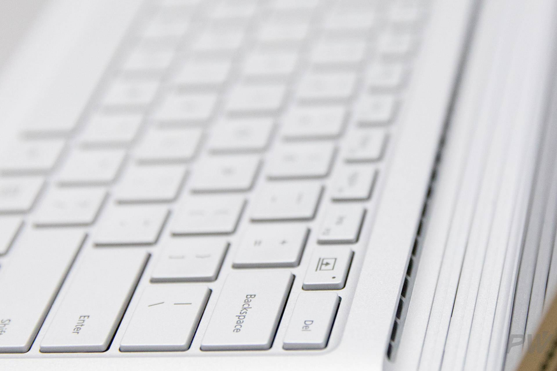 Microsoft Surface Book 2017 Photo by Hao Ying-8