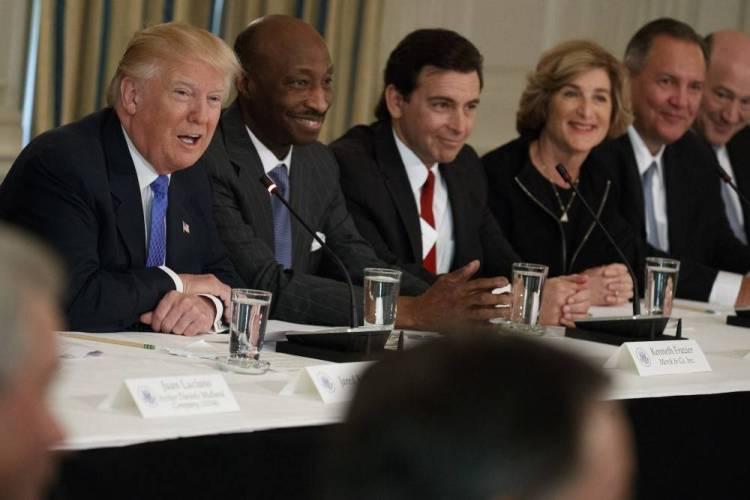 trump-council-meeting