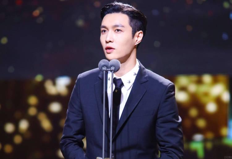 EXO成员张艺兴