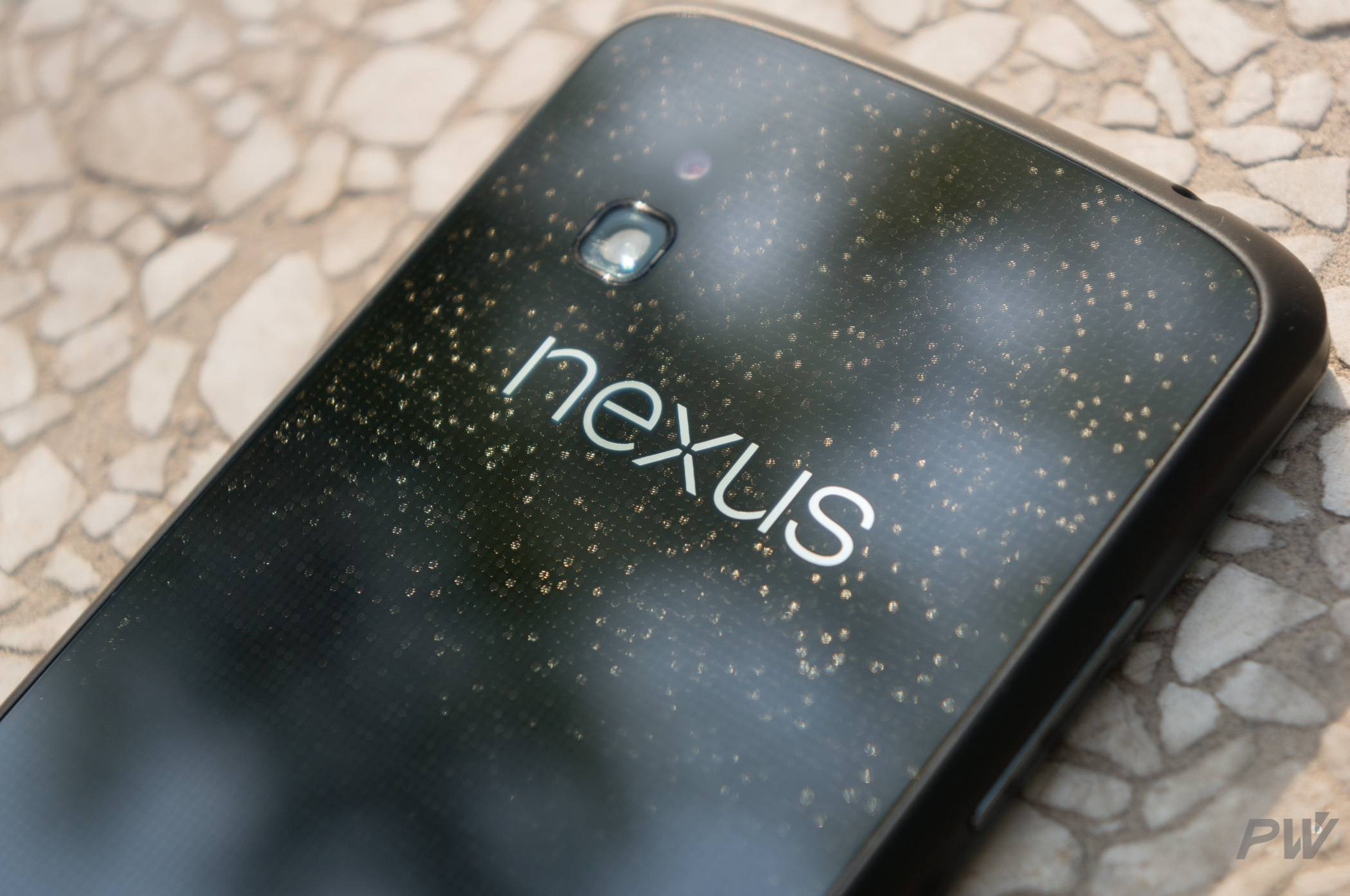Google Nexus 4 PingWest Photo by Hao Ying-2